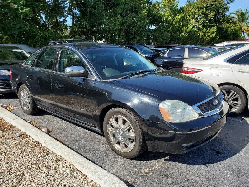Pre-Owned 2007 Ford Five Hundred Limited